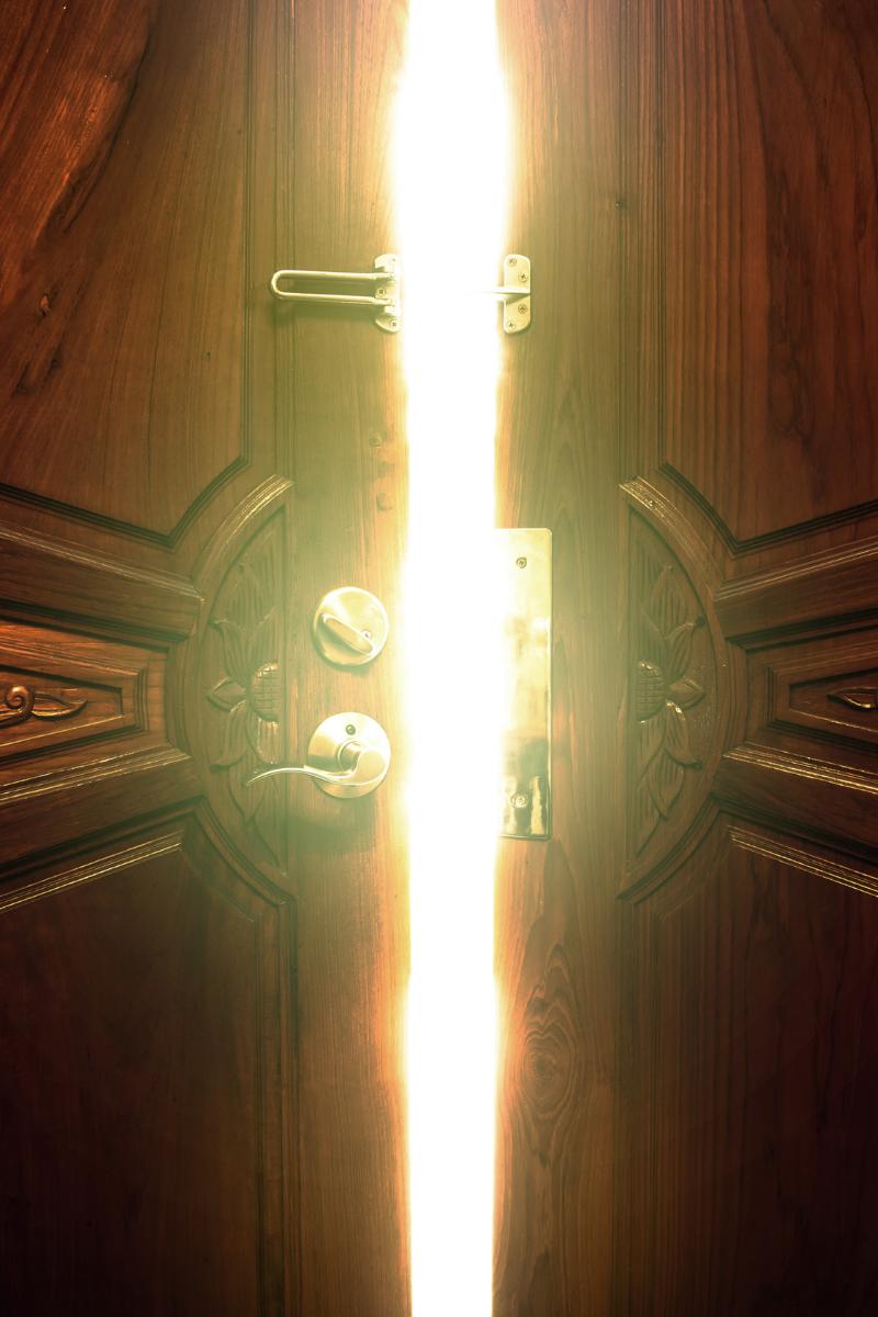 Hypnosis to unlock the door